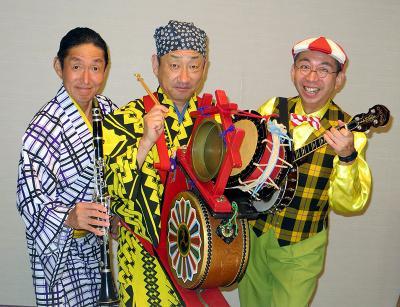 囃子座3人組