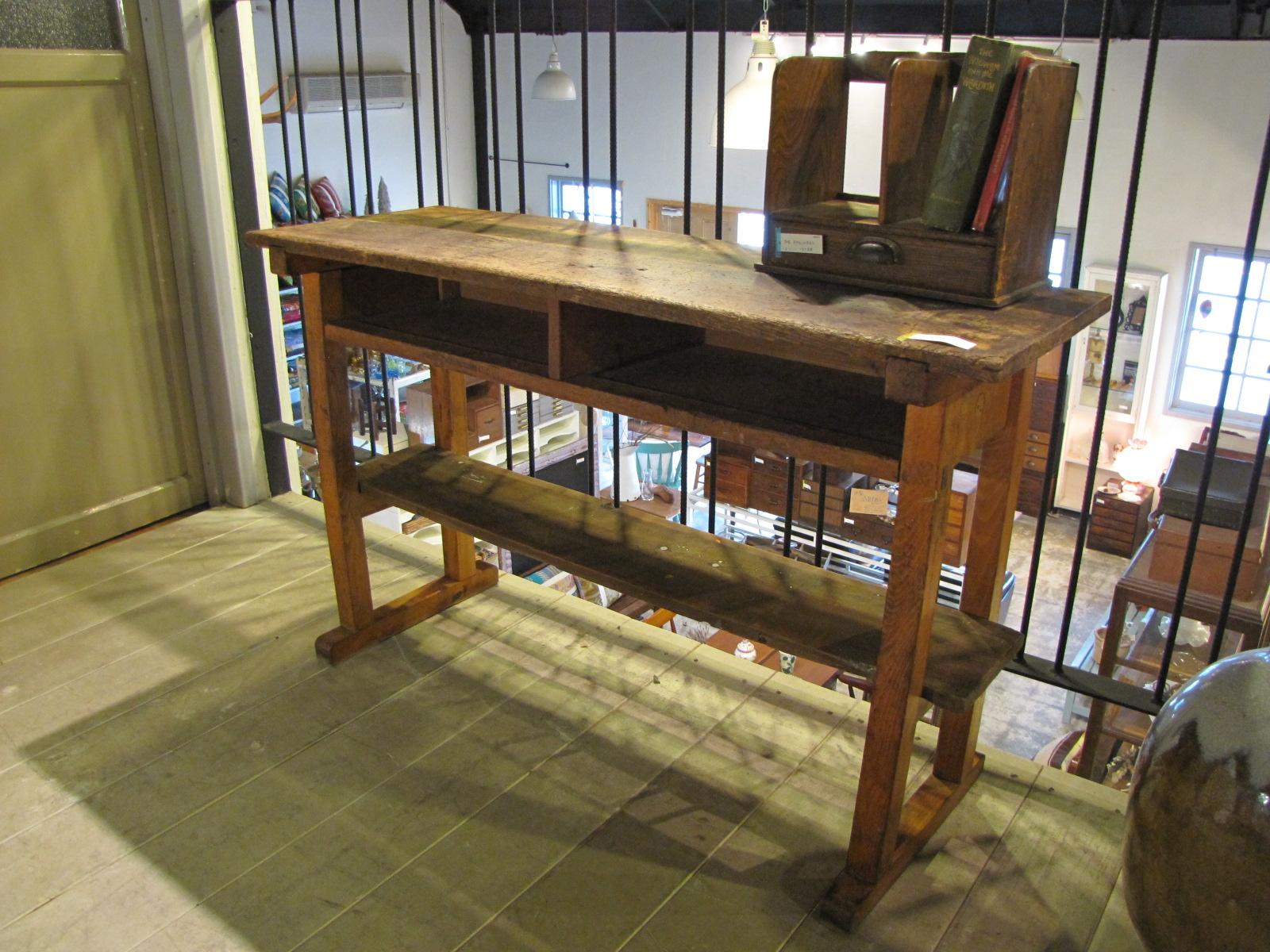 木味 棚付2人掛け学校机