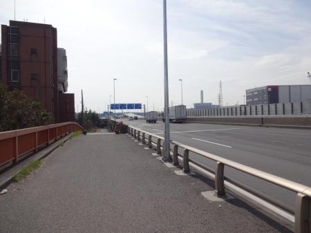 012R357を江戸サイへ、いつもは車道ですが・・・