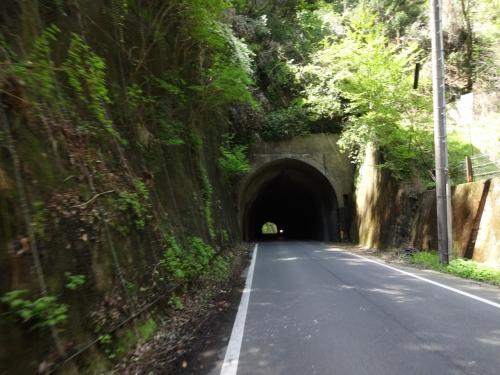 028こんなトンネル