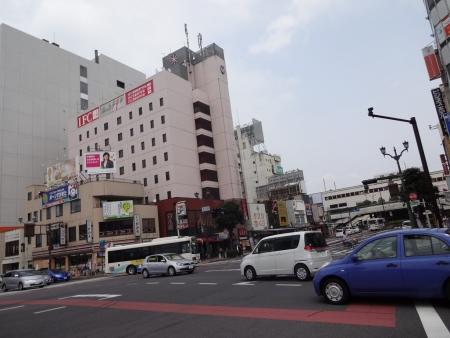 024宇都宮駅前です、駅は右奥です
