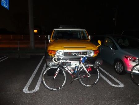 059途中でaraitaさん、デビさん、tomoさんと別れ、駐車場到着は22時30分遅くなった