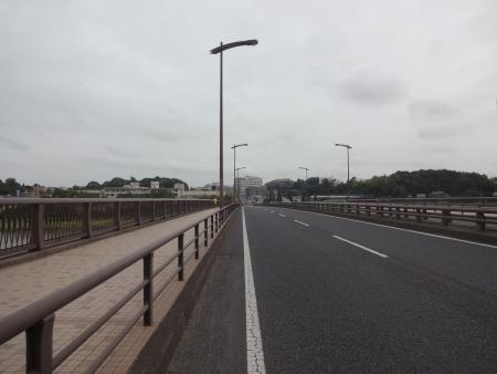 012スタート直後の手賀沼大橋、受付早くG1