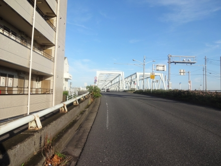 010ららぽの街から市川市を通って、市川橋へ6時20分