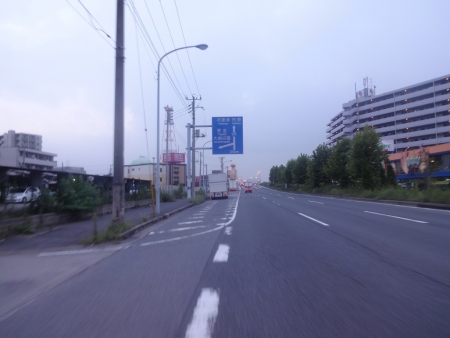 006_R357を走ります、夜が明けてきました