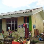 レイテ島のナガナガ小学校。避難所として活用された校舎