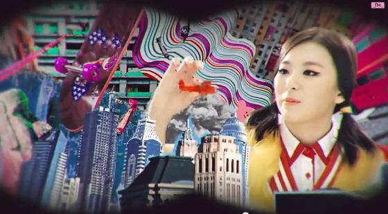 "「JAP HIROHITO」 少女時代""妹分""の韓国グループ「Red Velvet」の反日PV・・・『Happiness』と題し広島原爆投下や9・11アメリカ同時多発テロを演出"