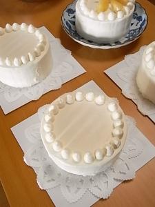 桃のショートケーキに