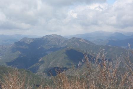 頂上からの展望(岩古谷山、平山明神)