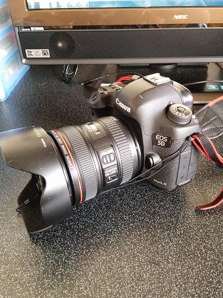 やっと戻ってきたカメラ。修理費50000円。。。