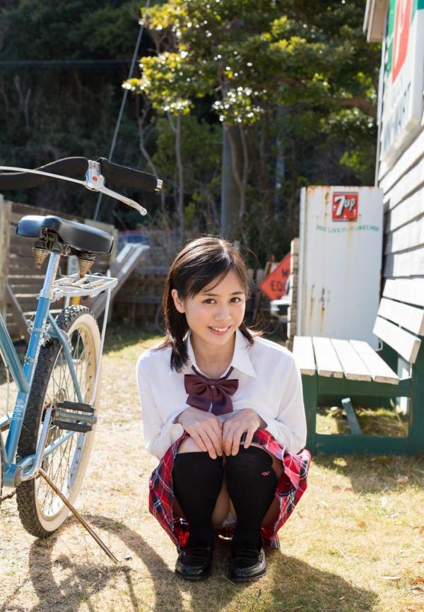 吉川あいみ JKコスプレで巨乳おっぱいを露出するAV女優エロ画像dzz001.jpg