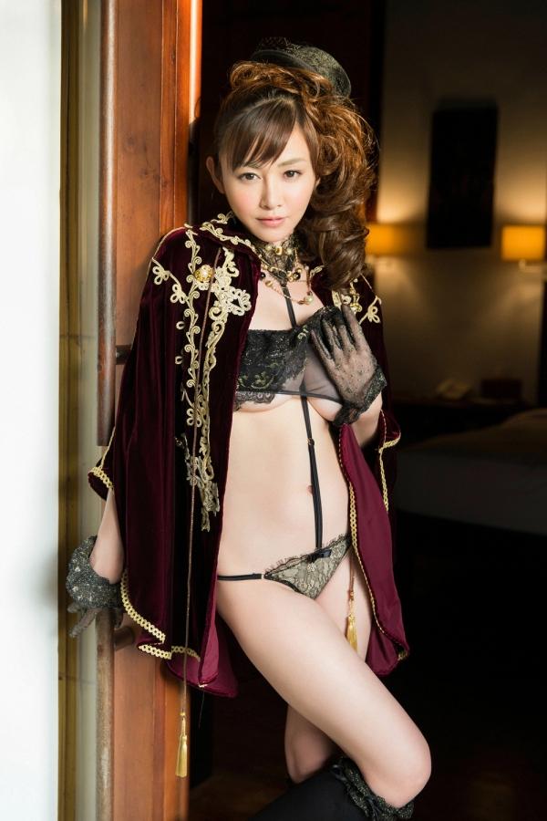 杉原杏璃は官能グラビアアイドルで巨乳おっぱいのエッチな水着エロ画像16.jpg