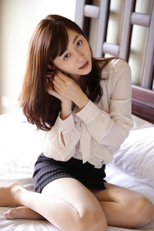 杉原杏璃(すぎはらあんり)官能グラビアアイドルのセクシーな下着姿とセミヌードエロ画像a003a.jpg