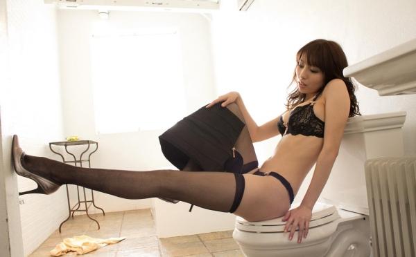 美雪ありす セクシーな下着姿とヘアヌードのAV女優エロ画像22.jpg