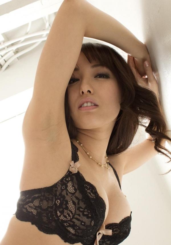 美雪ありす セクシーな下着姿とヘアヌードのAV女優エロ画像25.jpg