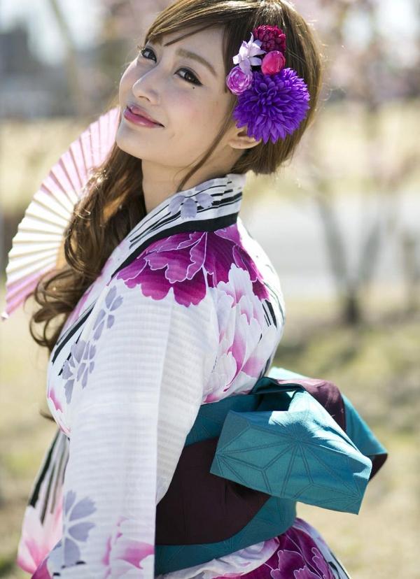 明日花キララ|浴衣を脱ぎヌードになる巨乳AV女優エロ画像a006a.jpg