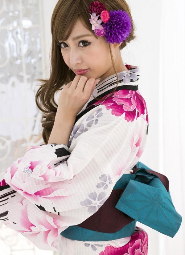 明日花キララ|浴衣を脱ぎヌードになる巨乳AV女優エロ画像a011a.jpg