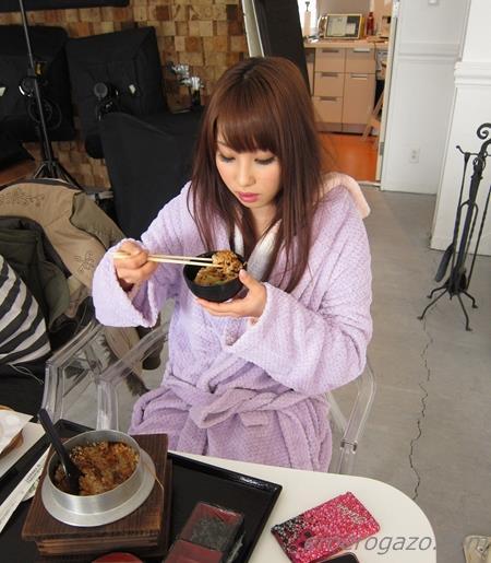 AV女優 あやみ旬果 画像40a.jpg