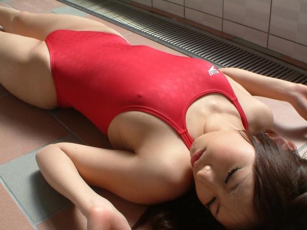 有村千佳 水着のまんすじや透けた乳首がエッチなAV女優エロ画像04a.jpg