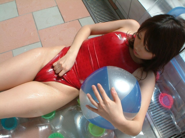 有村千佳 水着のまんすじや透けた乳首がエッチなAV女優エロ画像26a.jpg