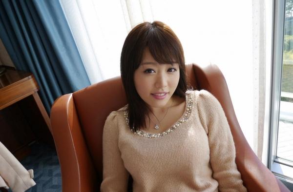 浜崎真緒|エッチなおっぱいのAV女優 クンニやSEXでアクメのエロ画像03a.jpg