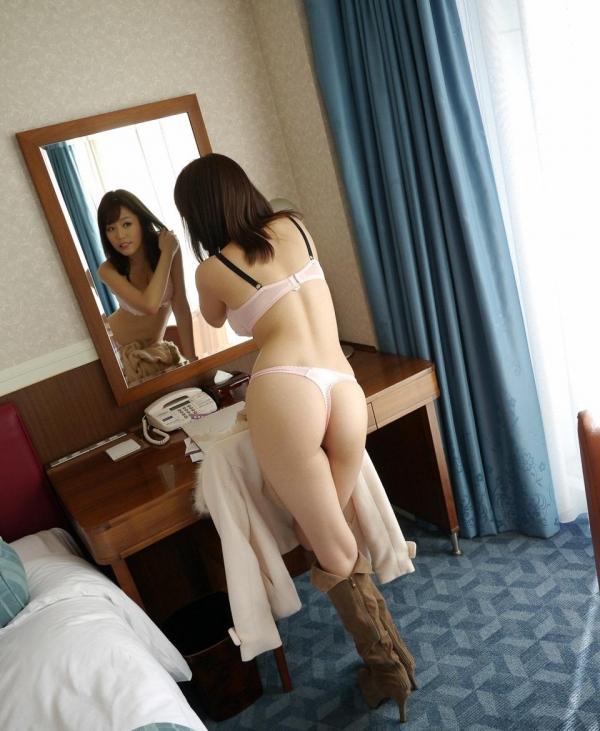 浜崎真緒|エッチなおっぱいのAV女優 クンニやSEXでアクメのエロ画像07a.jpg