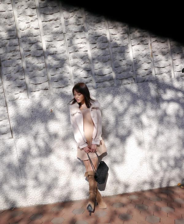 浜崎真緒|おっぱいがエロいAV女優のオナニー&ヌードのエッチ画像06a.jpg