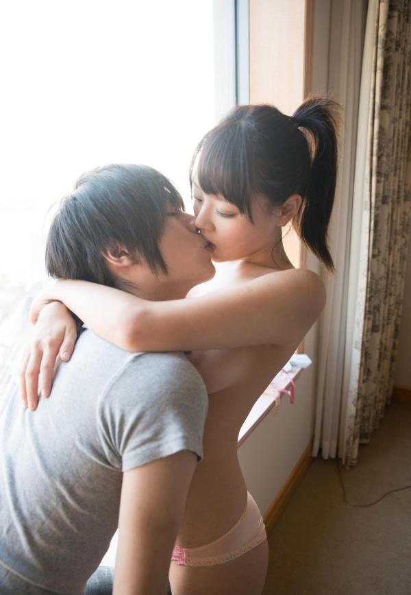 浜崎真緒 はまさきまお 巨乳おっぱいの乳首がエッチなAV女優SEXハメ撮りエロ画像25.jpg