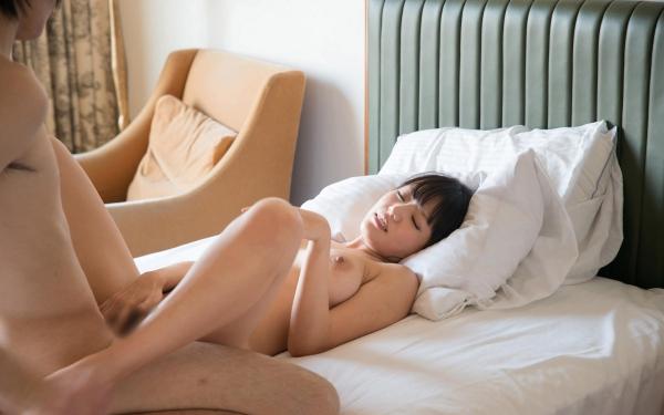 浜崎真緒 はまさきまお 巨乳おっぱいの乳首がエッチなAV女優SEXハメ撮りエロ画像43.jpg