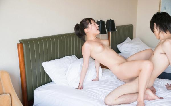 浜崎真緒 はまさきまお 巨乳おっぱいの乳首がエッチなAV女優SEXハメ撮りエロ画像45.jpg