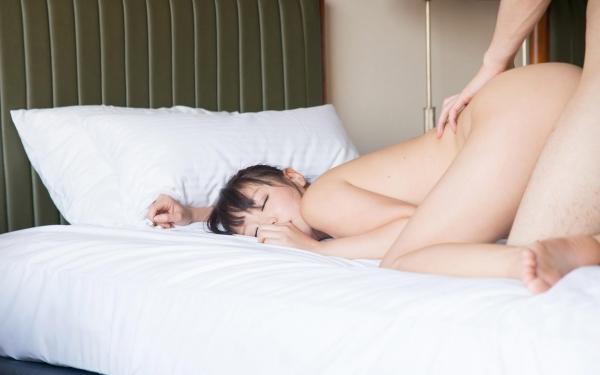 浜崎真緒 はまさきまお 巨乳おっぱいの乳首がエッチなAV女優SEXハメ撮りエロ画像49.jpg
