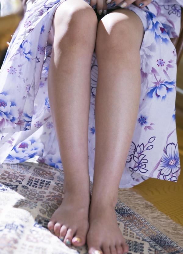 波多野結衣|浴衣姿と全裸で美乳を触るAV女優のヌード エロ画像04a.jpg
