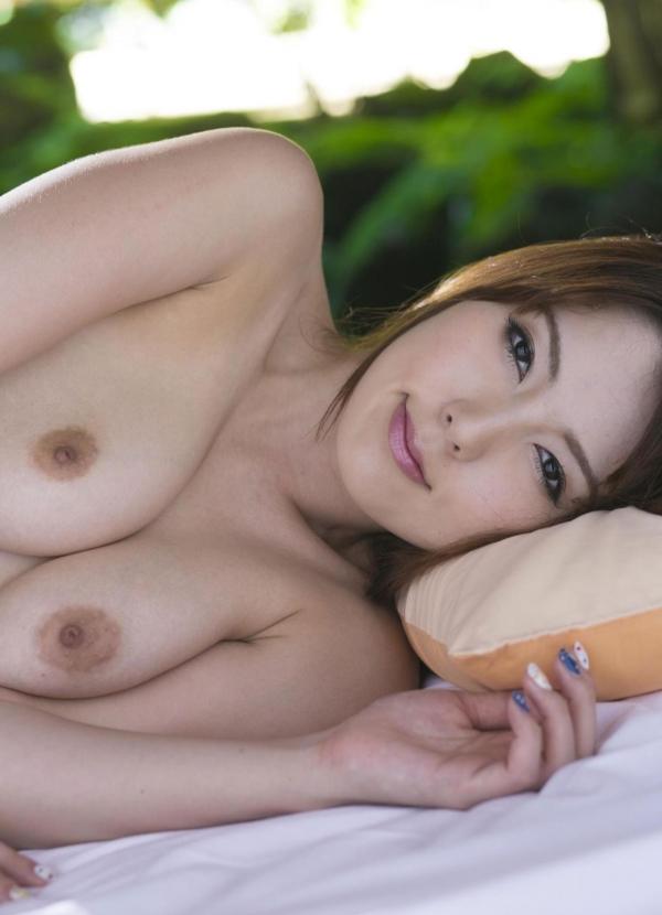 波多野結衣|浴衣姿と全裸で美乳を触るAV女優のヌード エロ画像32a.jpg