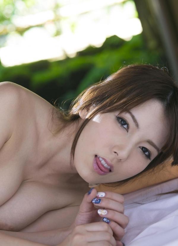 波多野結衣|浴衣姿と全裸で美乳を触るAV女優のヌード エロ画像35a.jpg