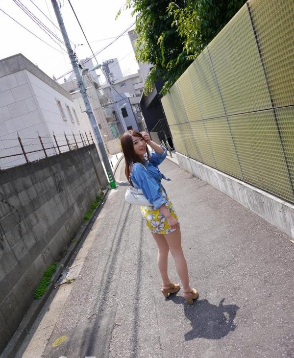 初美沙希 画像1a.jpg