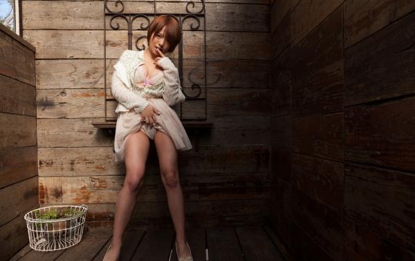 星美りか ショートヘアでFカップ巨乳のAV女優 エロ画像08.jpg