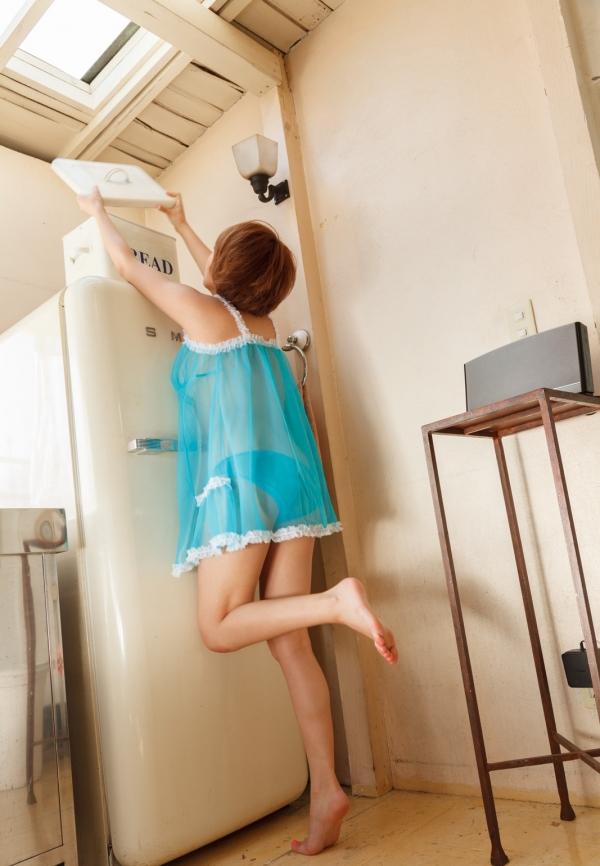 星美りか ショートヘアでFカップ巨乳のAV女優 エロ画像26.jpg
