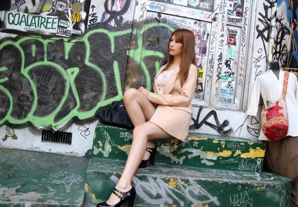 愛乃なみ|日本人離れしたスーパーボディのAV女優 エロ画像a013a.jpg
