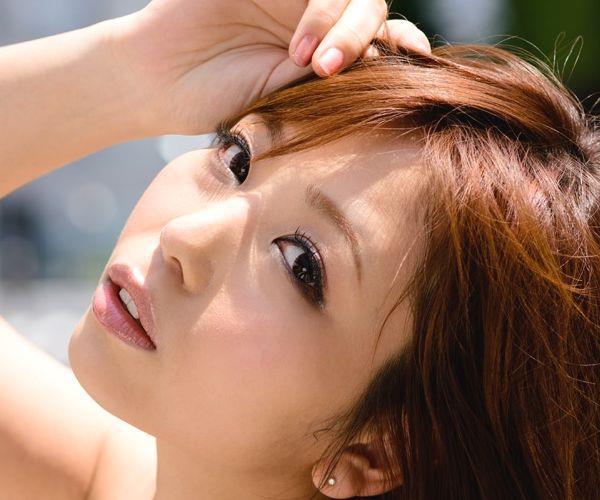 神ユキ(じんゆき)元モデルでグラビアアイドルのAV女優 着エロ画像01a.jpg