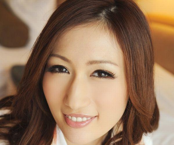 AV女優 JULIA ヌード エロ画像001.jpg