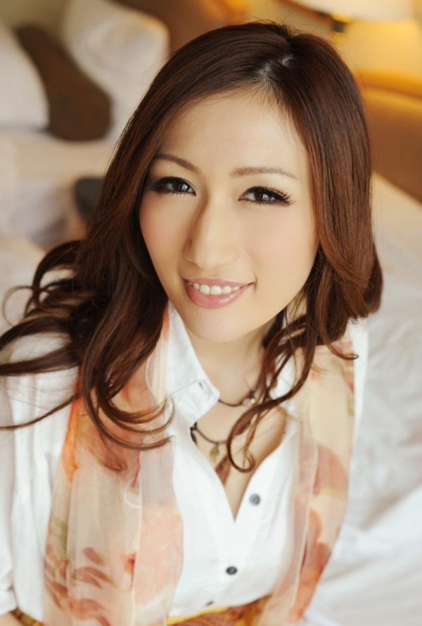 AV女優 JULIA ヌード エロ画像014.jpg