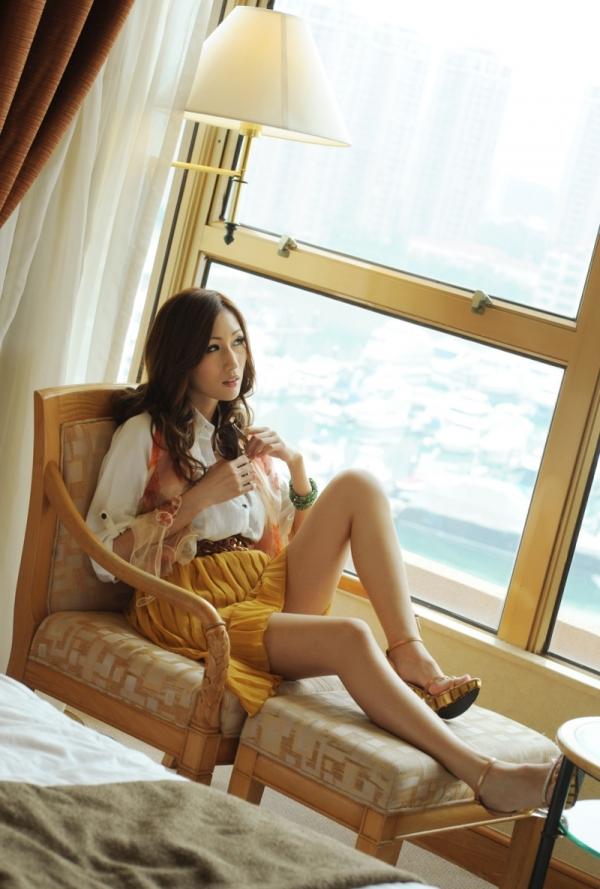 AV女優 JULIA ヌード エロ画像022.jpg