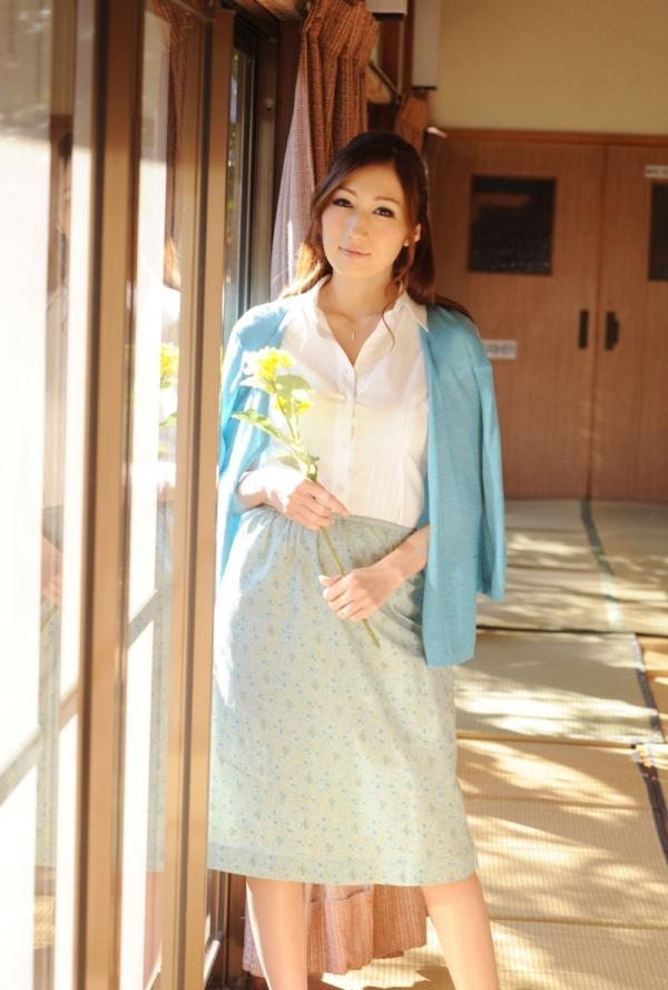 AV女優 JULIA ヌード エロ画像033.jpg