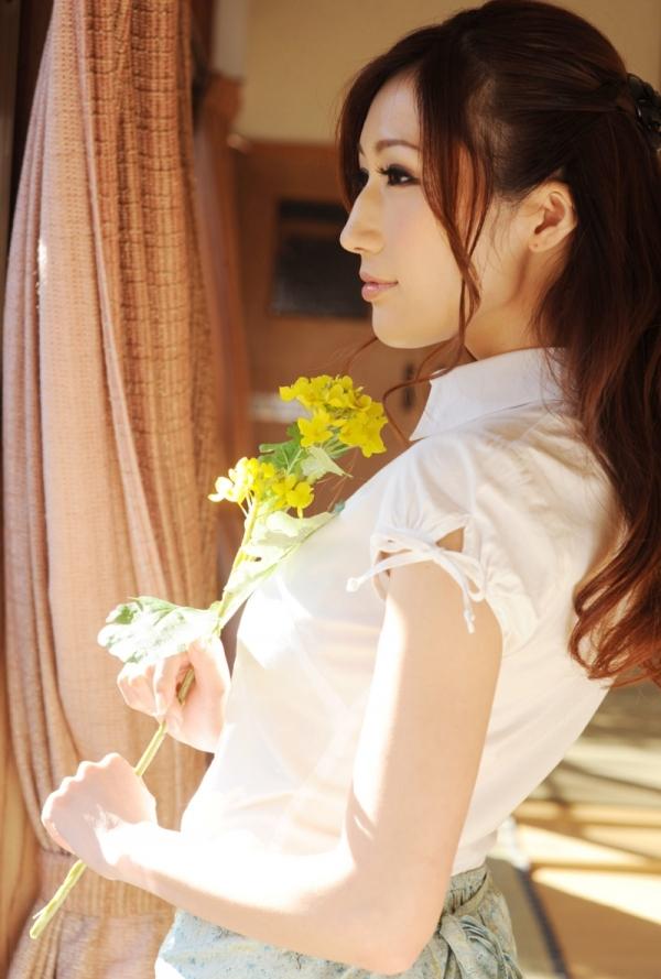 AV女優 JULIA ヌード エロ画像034.jpg