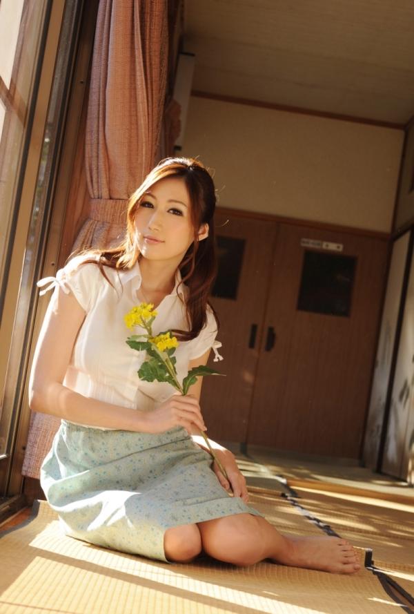 AV女優 JULIA ヌード エロ画像035.jpg