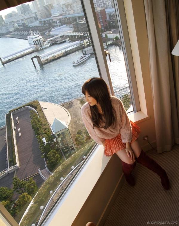 桐谷ユリア スレンダー巨乳美女ハメ撮り画像76枚の20枚目