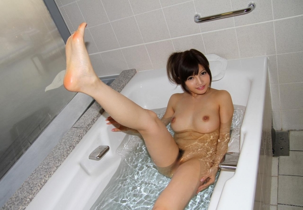 桐谷ユリア スレンダー巨乳美女ハメ撮り画像76枚の48枚目