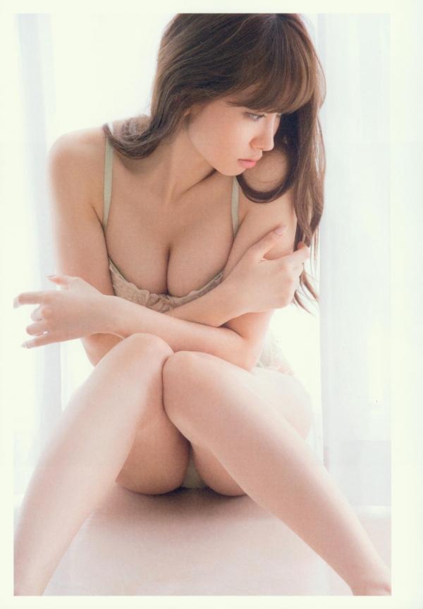 小嶋陽菜 画像38a.jpg