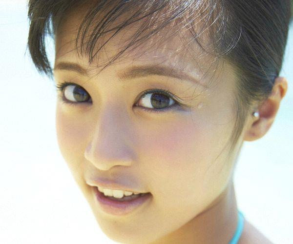 小島瑠璃子 画像01a.jpg