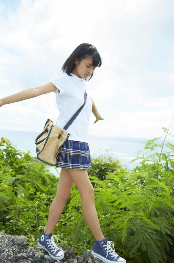 小島瑠璃子 画像03a.jpg